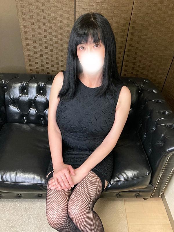 渋谷MOTHER(旧ママとおねえさん) かおる(リクエスト出勤受付中)